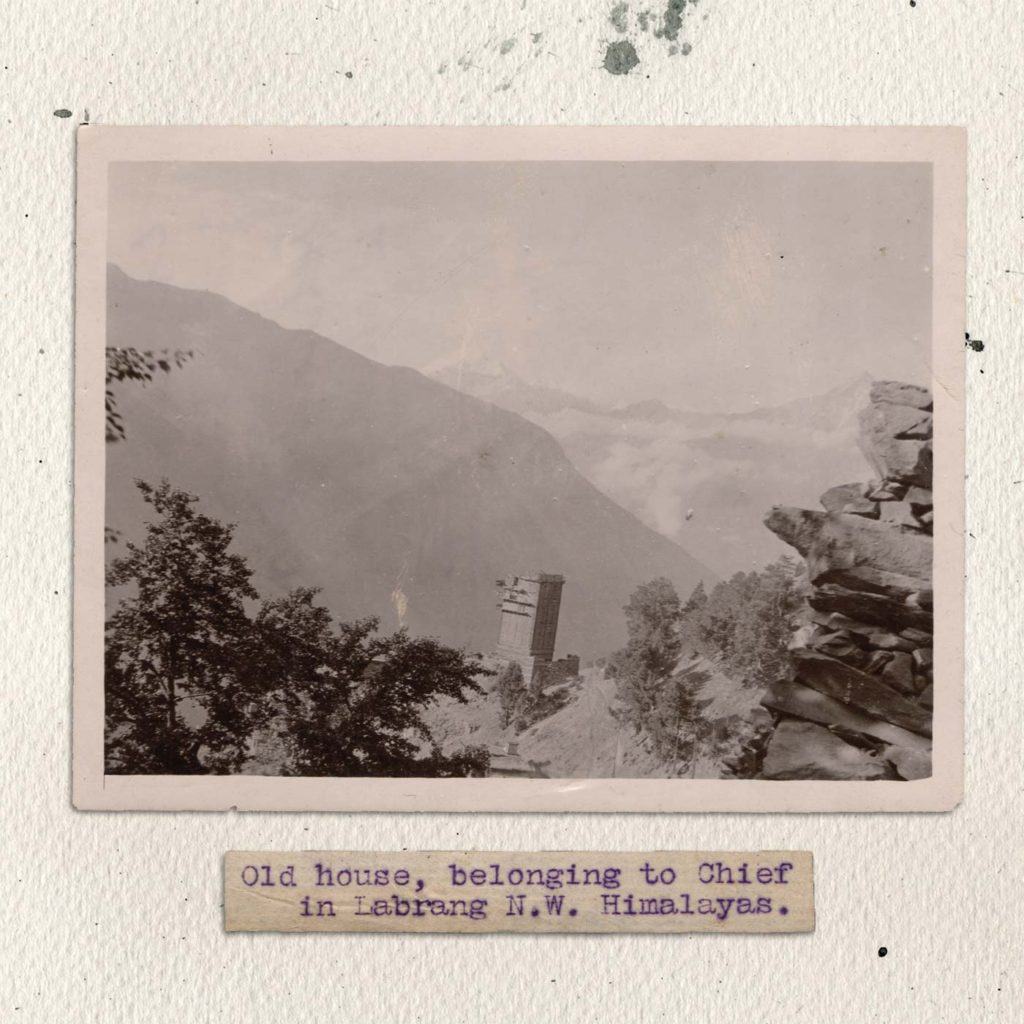 Tibet 1900 - old photography - Something Happened Somewhere Once - SHSO